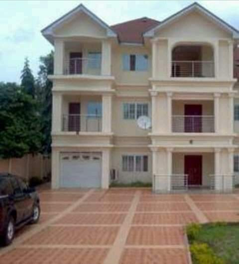 real estate agent in nigeria - property agent - broker and realtor- https://www.facebook.com/ebonyiproperties1/