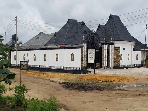 Property, land, houses for sale, Lease and Rent in Nigeria - 7 Bedrooms, 7 toilet and bathrooms with visitors toilet Generator house at obigbo, port harcourt for sale