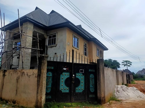 A 4 bedroom Duplex uncompleted at Federal Housing Extension, Hospital road Umuguma Owerri Imo state for Sale