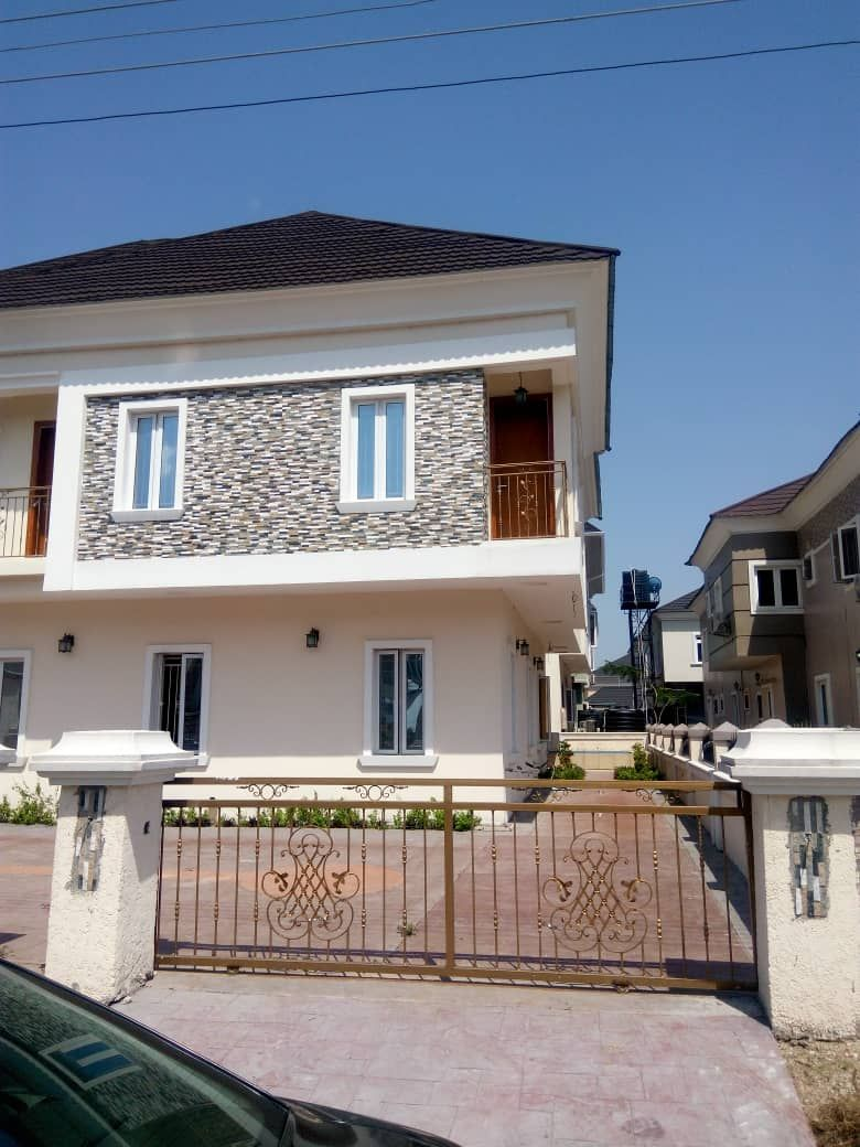 Property, land, houses for sale, Lease and Rent in Nigeria - A five bedroom Fully detached duplex plus bq for sale at victory park estate Osapa