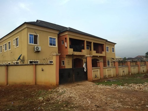 Property for Sale - Houses and Land for Sale - Buy Property in Nigeria - One story building of 4 flats of all en suite 3 bedroom flats on a 640Sqm of land at Iyke oguguo street ama wire MCC road owerri North IMO state for sale