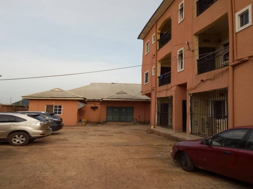 Property for Sale - Houses and Land for Sale - Buy Property in Nigeria - Storey building of 6 flats 2 bedroom each all ensuit with visitors toilet & a boy's quarter of 2 units of 1 bedroom flat, 2 units of 1 room selfcon & a warehouse built on 1&half plot of land 850sqm located off Mcc road Owerri Imo state